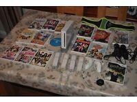 Nintendo Wii, Over 60 Skylander Figures, plus various other games
