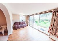 3 bedroom house in Rushden Gardens, Ilford, IG5