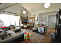 FULLY FUNISHED 2 Bed 2 Bath PENTHOUSE - WOOLWICH
