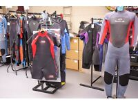 WETSUIT / WETSUITS, LIFE JACKET, IMPACT VESTS JACKET, BUOYANCY AIDS