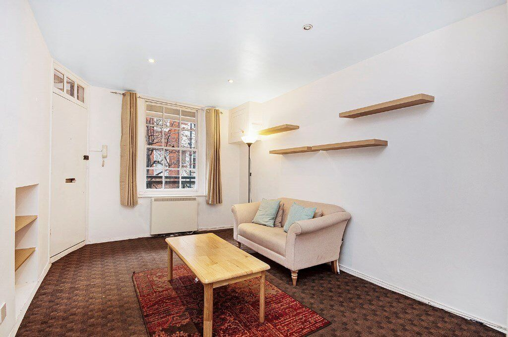 * Beautiful 2 Bed Flat set in Gated Development of Famous Covent Farden WC2 *