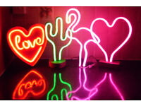 LED NEON TABLE LAMPS PINK HEART RED LOVE HEART OR PINK FLAMINGO DESIGN LIGHT