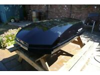 Halfords Exodus 470 litres gloss black (Not Thule) Roof Box