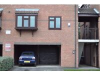 2 Bed Furnished Maisonette Flat with Garage for rent in Lenton near QMC