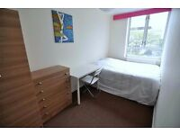 Amazing Double in Limehouse
