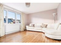 Large and spacious 2 bedroom property with shared garden available NOW - NO FEES!