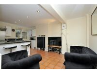 *1* Bedroom basement Apartment available in Benthal Road N16* Well Decorated & Looked After