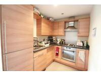 3 bedroom flat in Rialto Building, Melbourne Street, Newcastle Upon Tyne, NE1