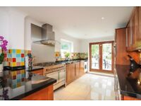 Stunning 4 bed house to rent in Wimbledon with garden & roof terrace. Hartfield Road SW19