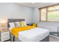 1 bedroom in Littlebrook Avenue, Slough, SL2 (#1074605)
