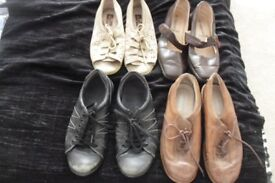 SIZE 5 SELECTION OF 4 PAIRS OF FLAT SHOES