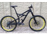 "Mountain Bike SPECIALIZED ENDURO Limited Addition Comp, Size M with 26"" Wheels, complete bike."