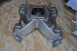 Mopar Max Wedge Single Plane Intake Manifold