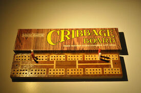 HOUSE MARTIN VINTAGE CRIBBAGE BOARD WITH PEGS INLAID WOOD BOXED