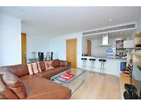 2 bedroom flat in West India Quay, 26 Hertsmere Road Canary Wharf E14