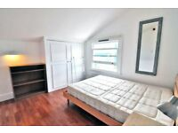 A spacious double room with OWN BATHROOM, ALL BILLS INCLUDED