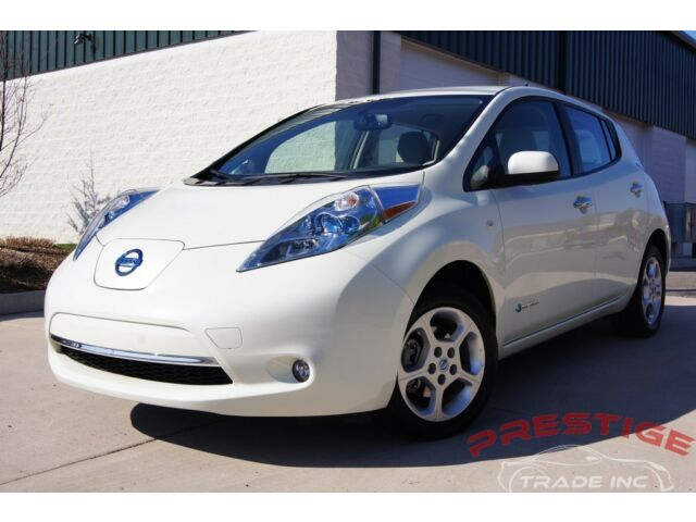 Image 1 of Nissan: Leaf 4dr HB…
