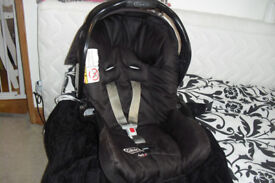 """""""GRACO"""" BLACK CAR SEAT WITH PULL DOWN HOOD"""