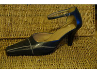 Ladies shoes by Nine West