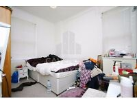 PERFECT HOME FOR 2-3 STUDENT/PROFESSIONAL SHARERS- CLOSE TO OLD ST & HOXTON- SHOPS NEARBY&GREAT AREA