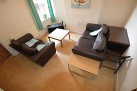 4 bedroom house in Monthermer Road, Cathays, Cardiff