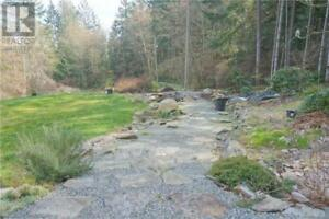 980 Isabella Point Rd Salt Spring Island, British Columbia