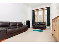 Beautiful 2 bedroom plus box room flat in Marchmont available NOW – NO FEES!