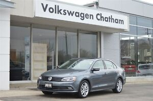 2016 Volkswagen Jetta 1.8 TSI Highline Navigation Sunroof Leathe