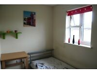 Single Room In Clean Family House, Furnished For One Professional Only, Greater Leys