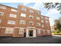 Fantastic One Bedroom Ground Floor Flat in East Putney Close to amenities