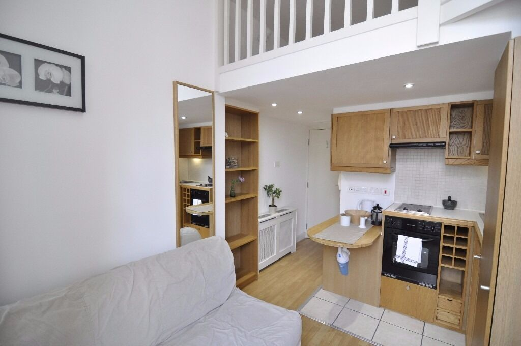 Split level studio in West Kensington *All utility bills, Wifi and SKY TV are included* £350pw