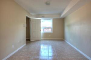 FURNISHED 5 BEDROOM APTS * CARDILL CRES * ONE MONTH FREE Kitchener / Waterloo Kitchener Area image 10