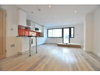 Recently built Luxury 2 bed in Angel
