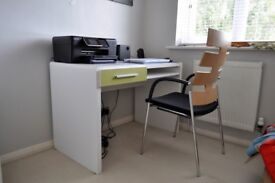 HIGH QUALITY OFFICE EQUIPMENT/HOME OR PROFFESSIONAL ENVIRONMENT