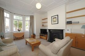 HUGE two bedroom flat to rent in West Hampstead