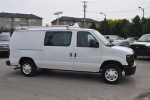 2011 Ford E-150 Fully Loaded Only 112,000 kms