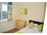 *NO AGENCY FEES TO TENANTS* One double bedroom available in beautiful house located in Bath