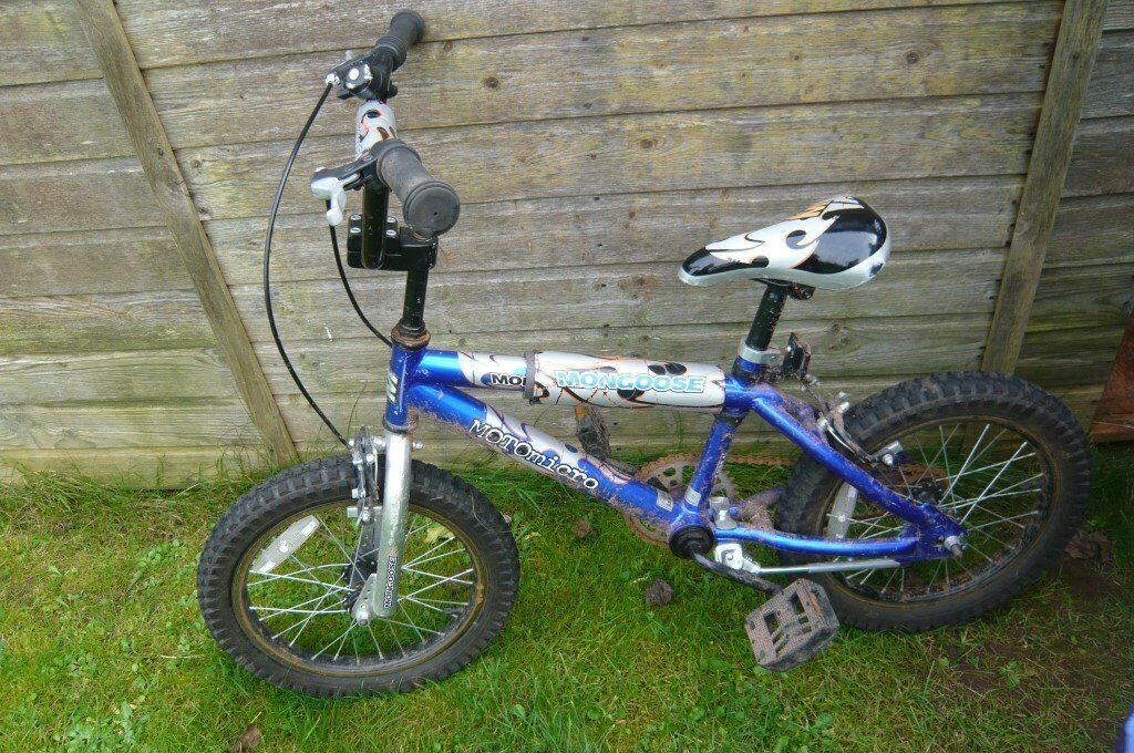 Boys 15 Inch wheel Bike - nice condition