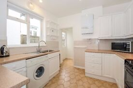 A newly refurbished three bedroom house available to rent in Muswell Hill