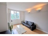 1 DOUBLE BED, 3RD FLOOR FLAT, LOCATED IN CENTRE OF ANGEL, ISLINGTON, CLOSE TO TUBE & HIGH STREET