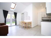 AMAZING 2 BED HOME- CLOSE TO FINSBURY PARK STN- FULLY FURNISHED W/PRIVATE GARDEN- MUST SEE