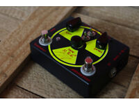 Homebrew Electronics Doomsday Device, overdrive distortion fuzz guitar pedal, HBE USA