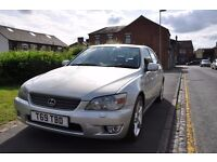 LEXUS IS 200 2.0 SE 4DR PETROL (2 KEYS, HALF LEATHER SEATS)