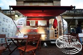 AIRSTREAM GLOBETROTTER 19 FT - IMMACULATE RESTORATION