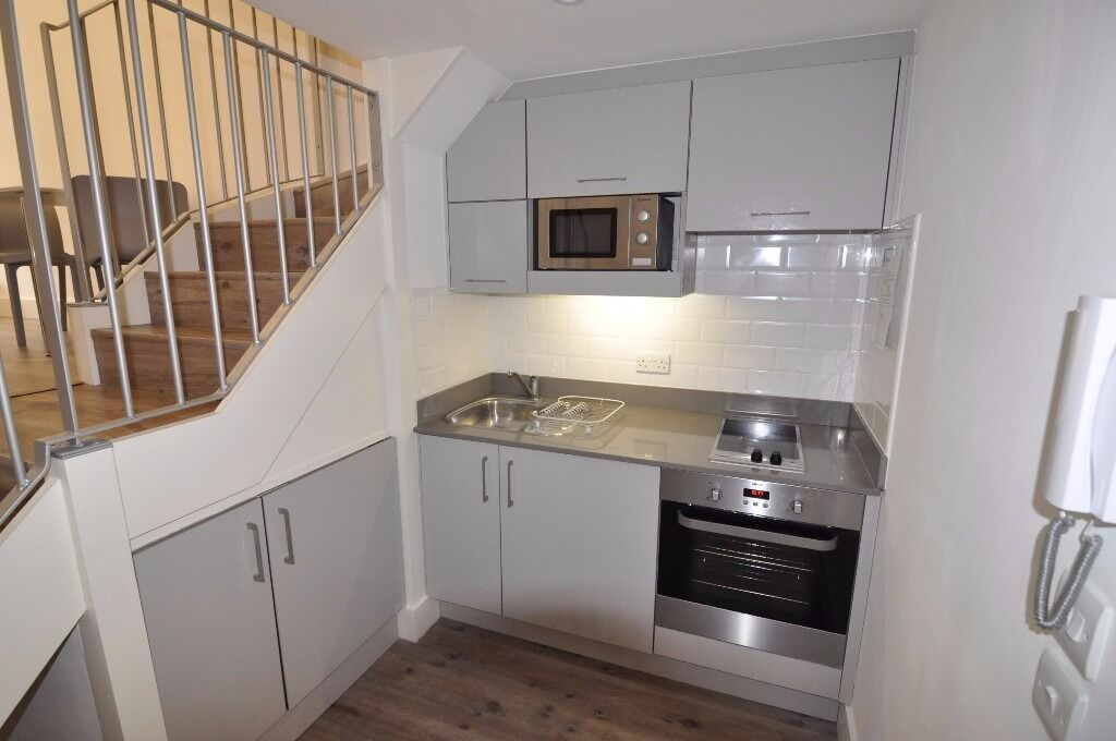 Outstanding Brand New 1 bedroom apartment in Kilburn Zone 2 NW6 available NOW