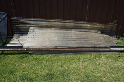 Roof sheeting, free, polycarbonate, plastic, fibglass, greenhouse Emu Plains Penrith Area Preview