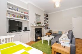 1 double-bedroom well-maintained flat for rent on East Dulwich Road opposite Goose green park