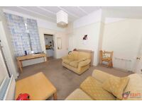 AVAILABLE JULY 2017 | FURNISHED 2 BED STUDENT FLAT TO LET HEATON | REF: RNE00702