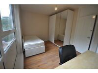 Fantastic double room available now in new flat with terrace! 10min walk from Oxford circus