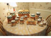 Beautiful Kitchen 16 piece set - Crockery - Hen/Chicken with eggs - Barn design - NEVER USED